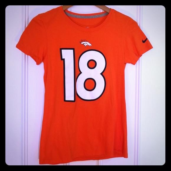 7adf563c6 Nike NFL Denver Broncos Peyton Manning  18 Tee. M 5bc22818a31c3392f649f03f